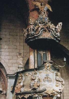 Kanzel vor der Restaurierung