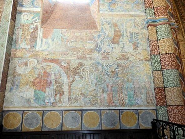 Wandfläche im Chor mit Darstellung der Hölle.